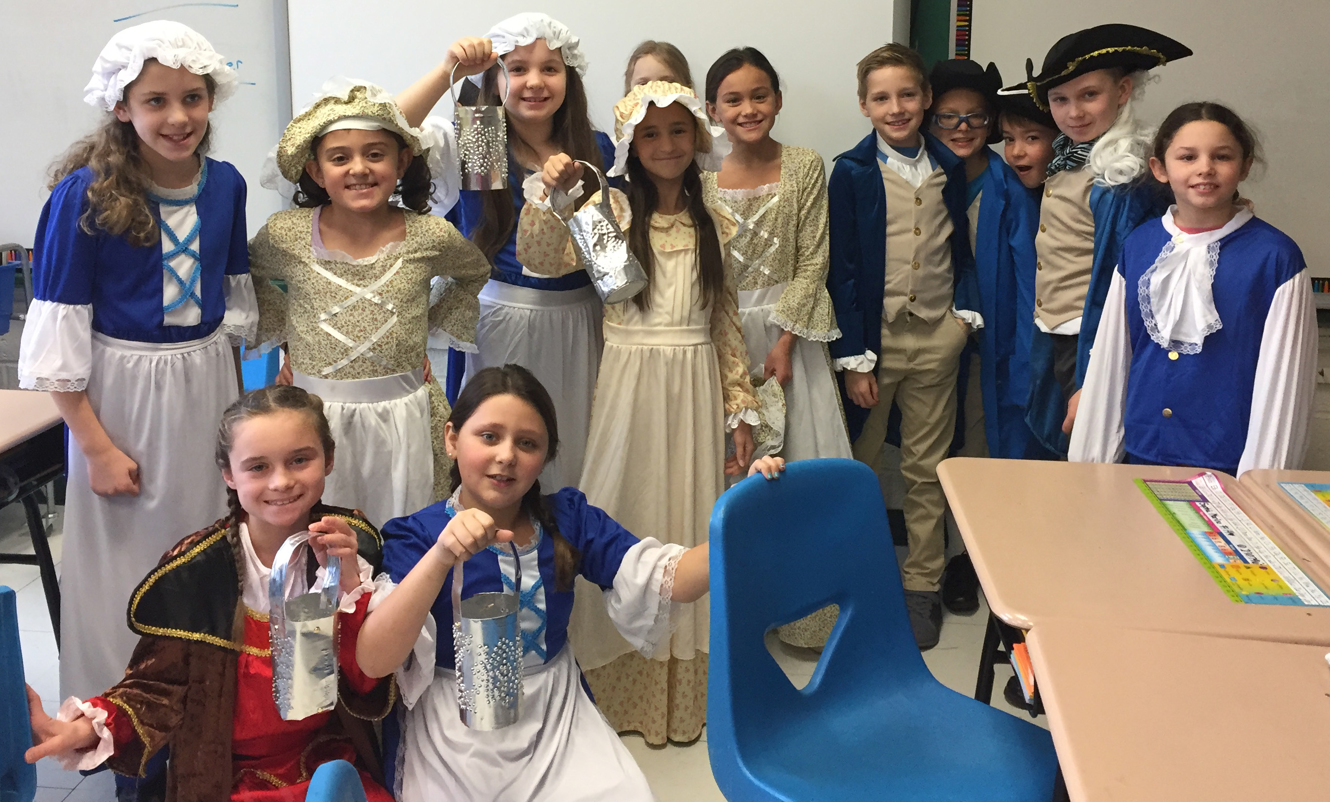 WS Colonial Day Tin Lanterns